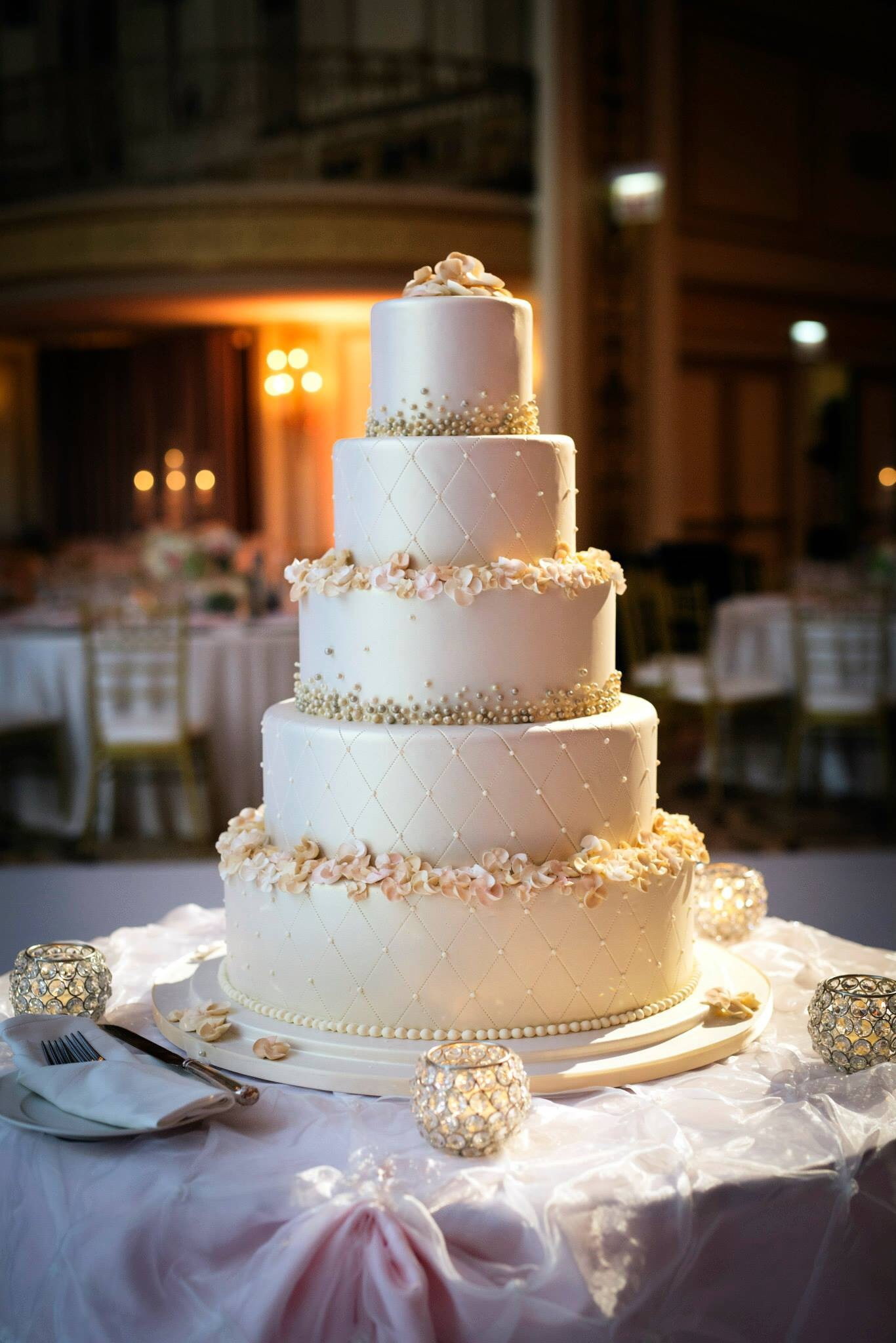 wedding cake bakeries chicago chicago s finest bakeries cake sweet food chicago 21796